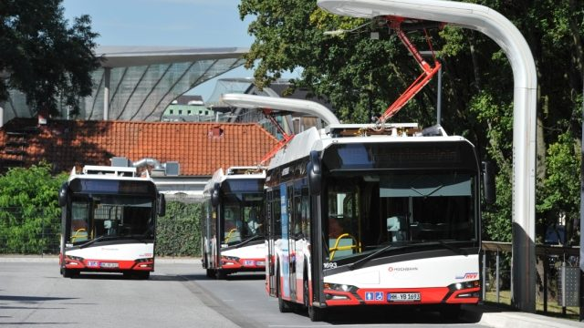 Hamburger Hochbahn AG Solaris Bus Elekto-Terminal 17.08.2016 Fotograf: Marc-Oliver Schulz 0170-3108004 mail@moschulz.de