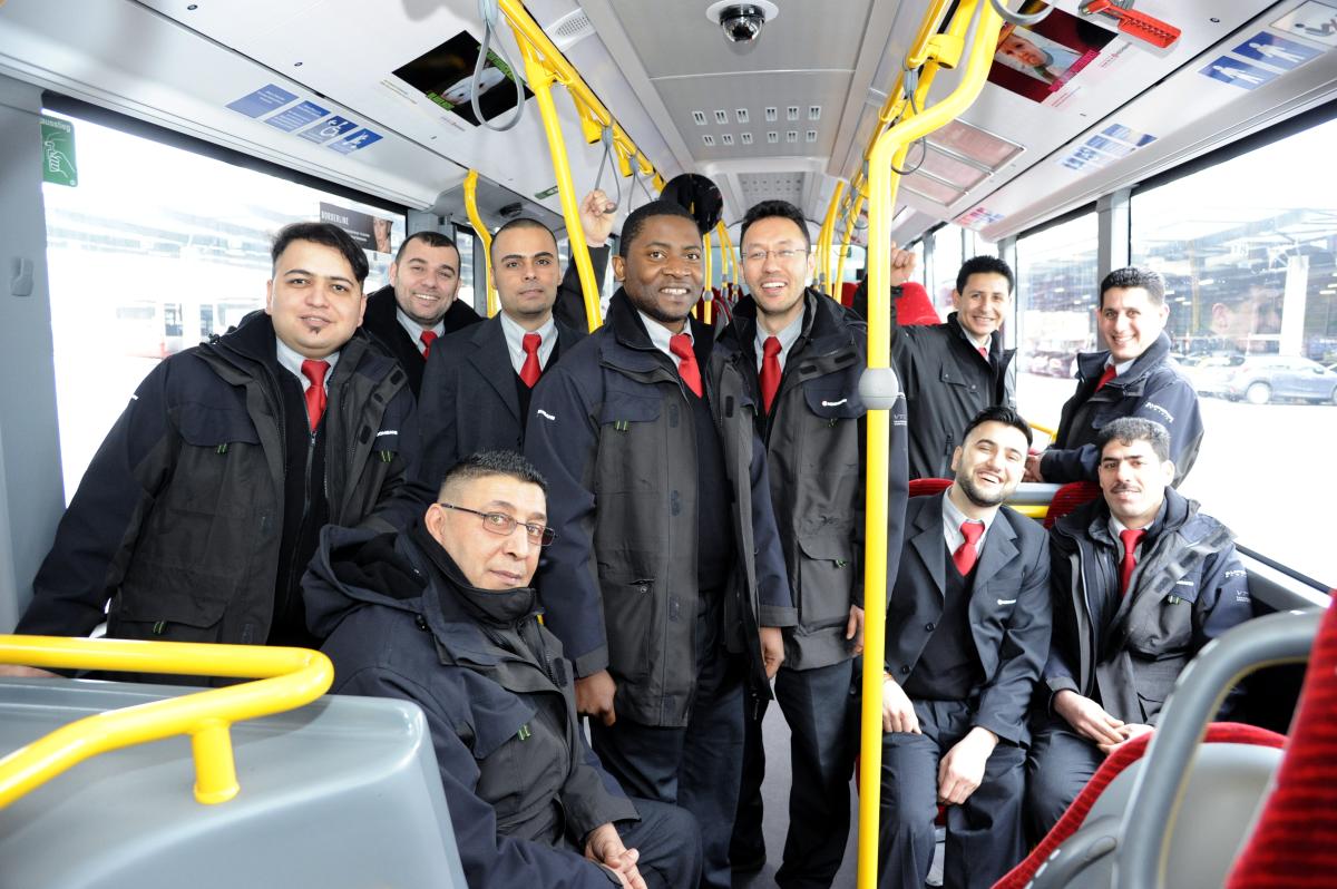 Flüchtlinge Busfahrer HOCHBAHN