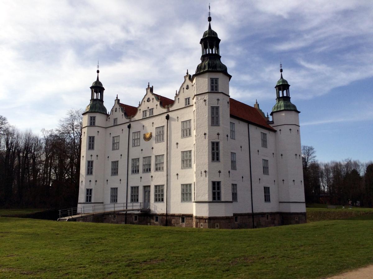 Ahrensburger Schloss Ausflugsziele HVV