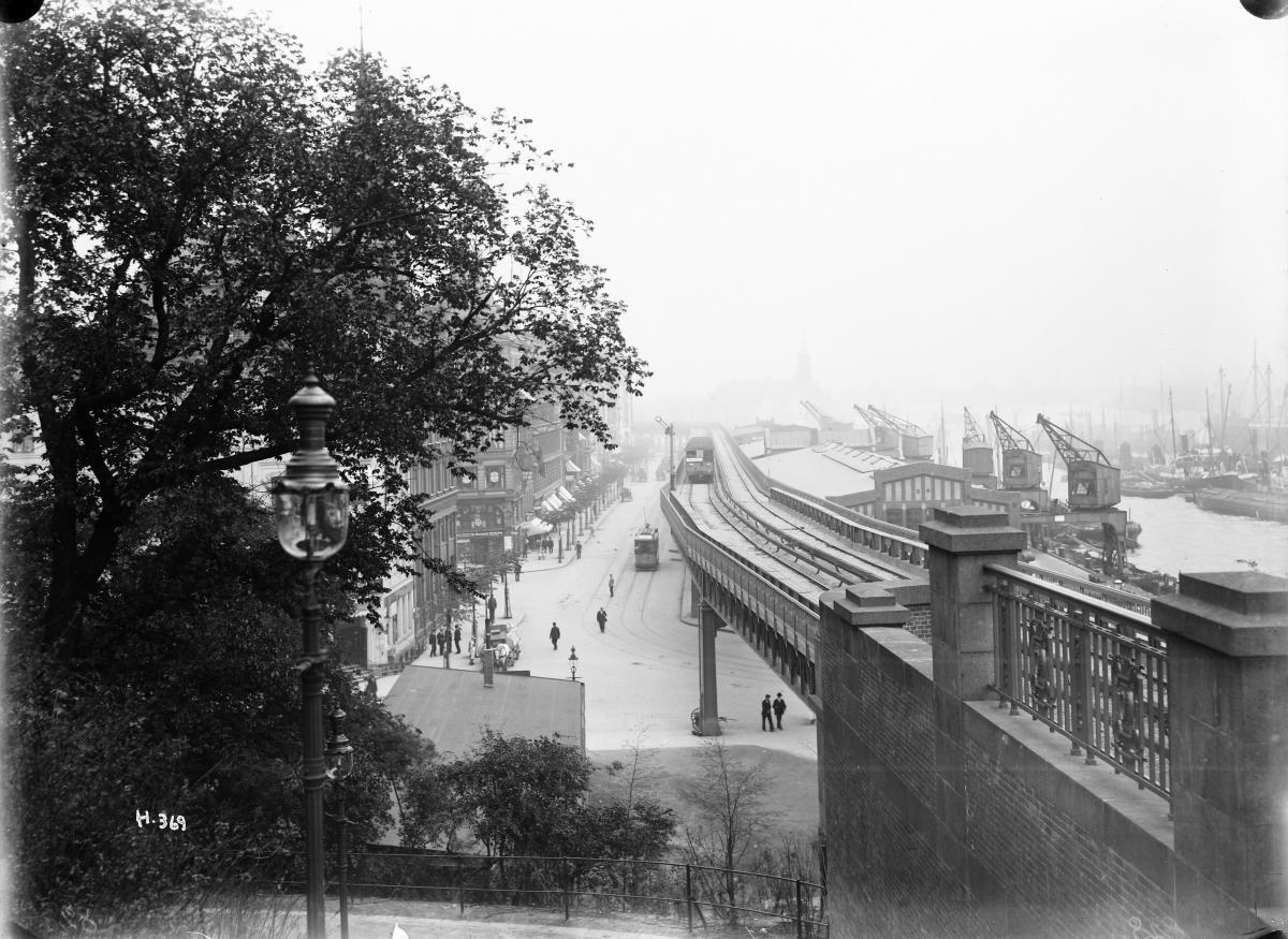 U3 Blick von der Haltestelle Landungsbrücken, Juni 1912