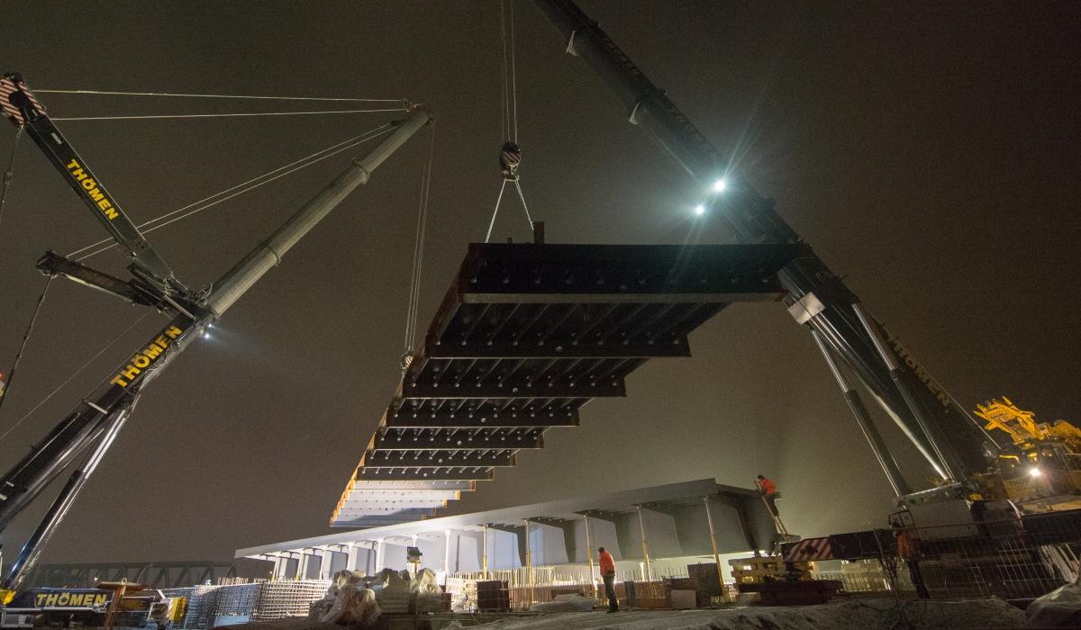 Brückenanlieferung U4 Elbbrücken