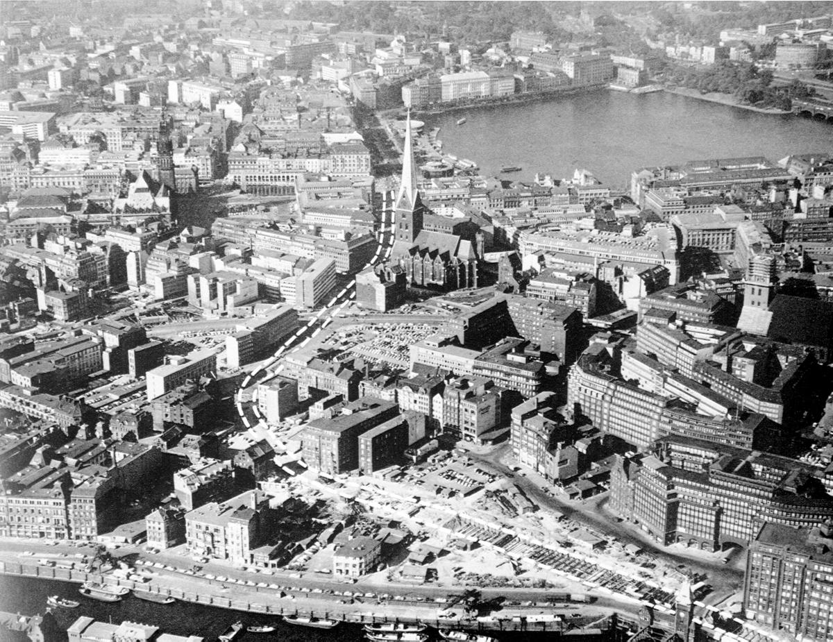 Luftaufnahme der Innenstadt mit geplantem Streckenverlauf U1