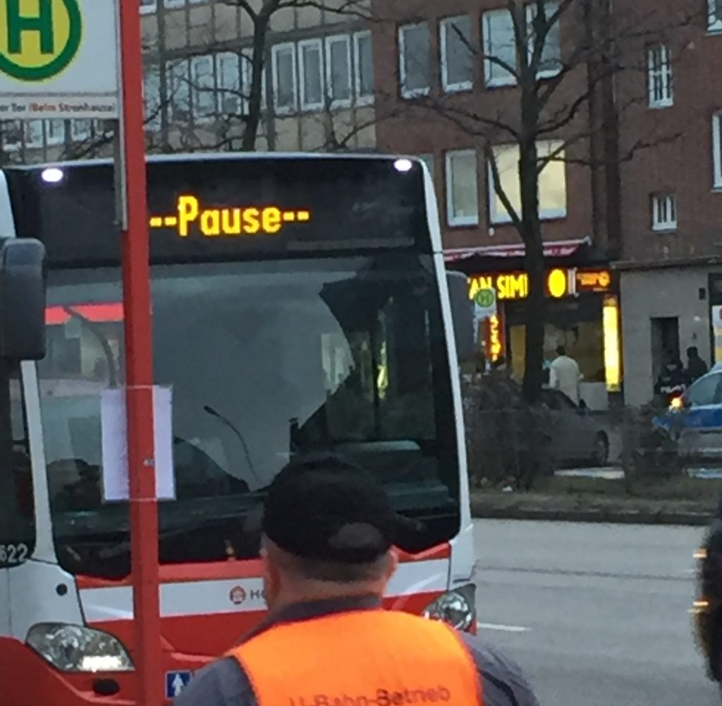 Pausenanzeige Bus