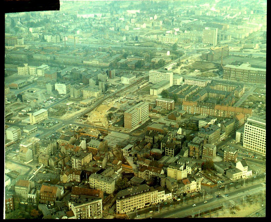 HOCHBAHN-Blog: 60 Jahre Haltestelle Meßberg