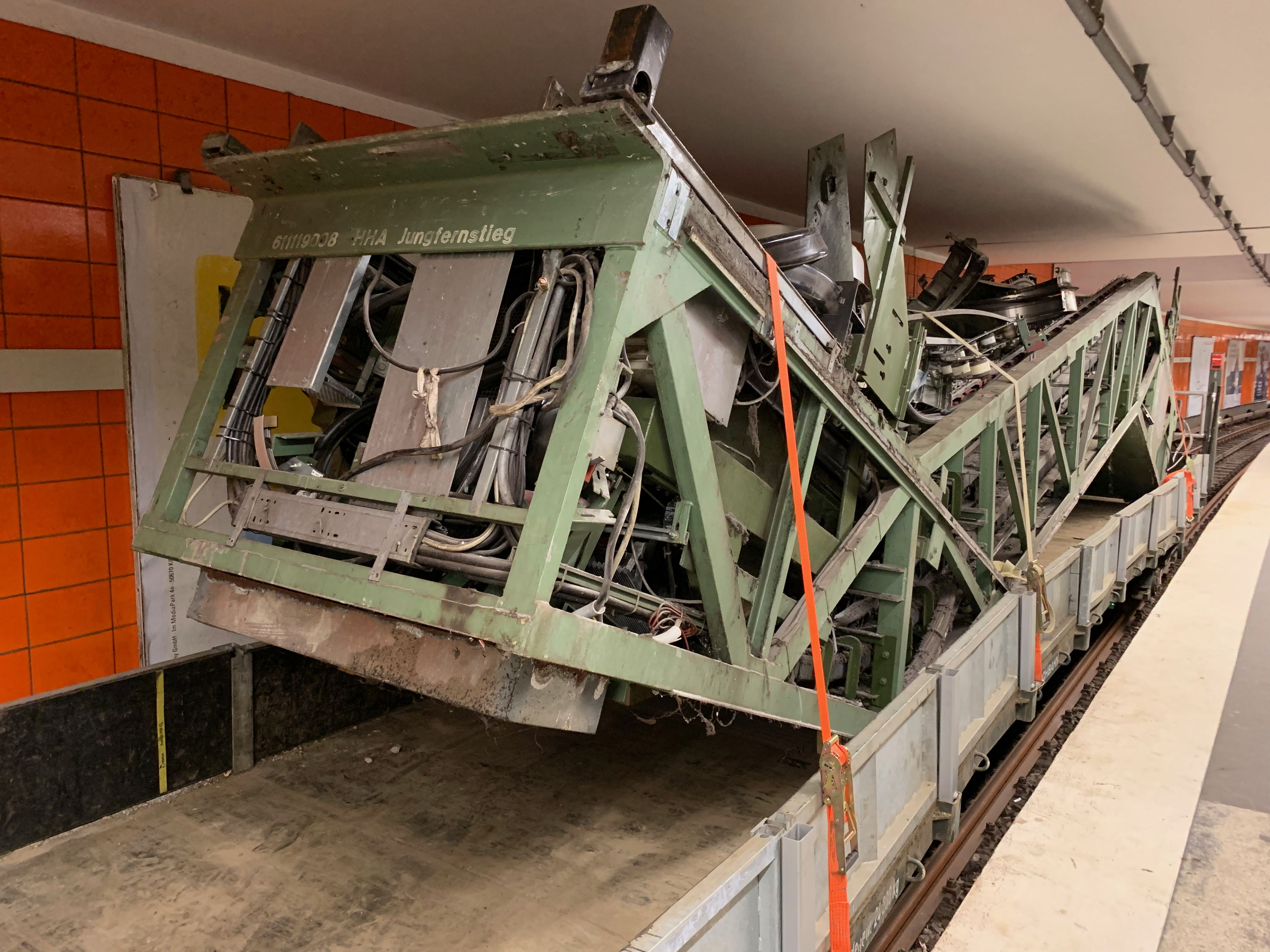 Bremst Corona den barrierefreien Ausbau? - Rolltreppen am Jungfernstieg